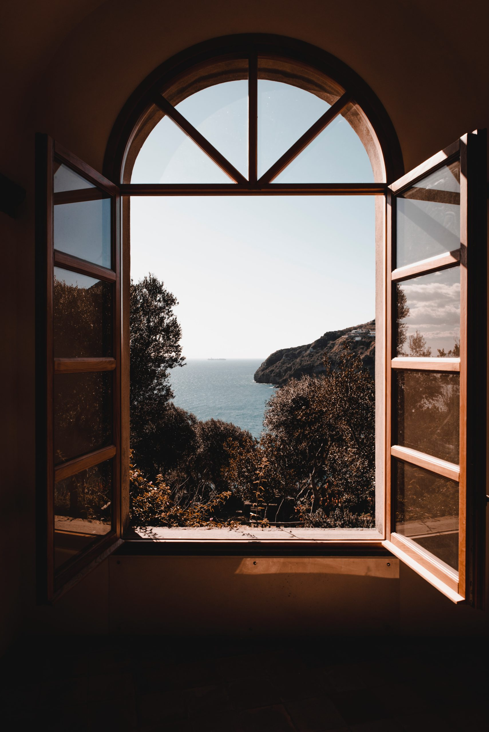 Window Replacement: Reasons For Changing Into New