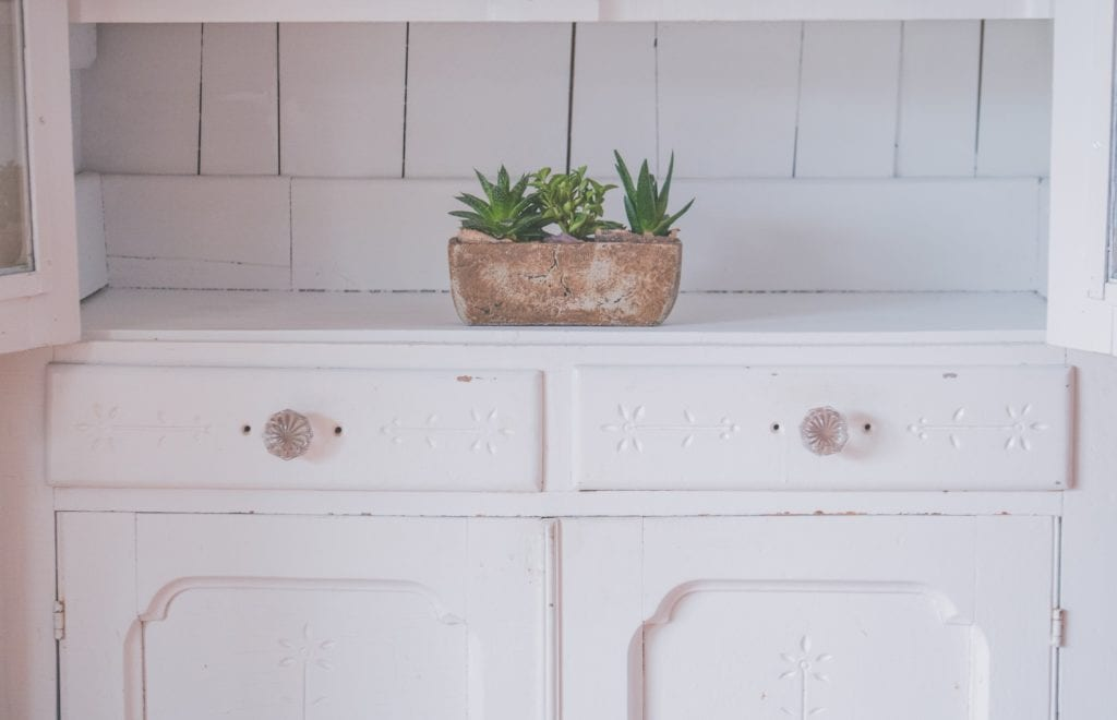 Dresser: Right Ways To Choose The Perfect One