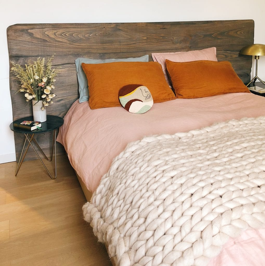 Bedding Sets: Types Of Fabrics In The Market